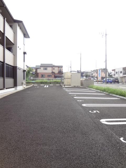 ステラ 303号室の駐車場
