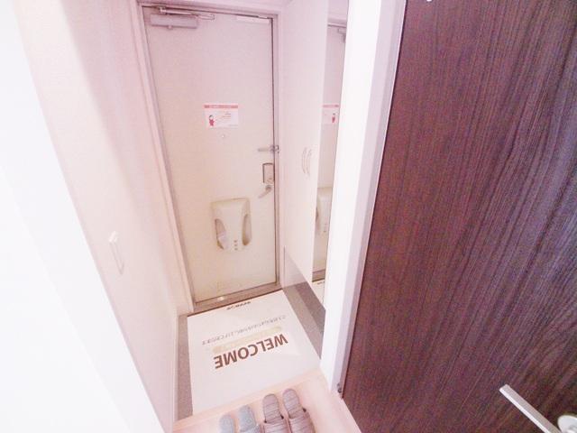 エスポワールⅡ 102号室の玄関