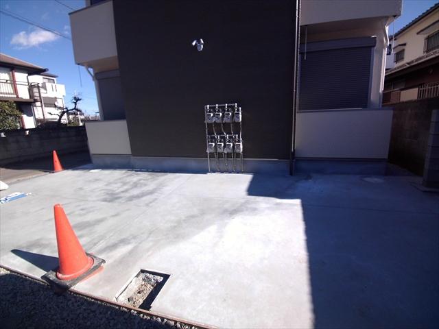 ル シエル 上尾 101号室の駐車場