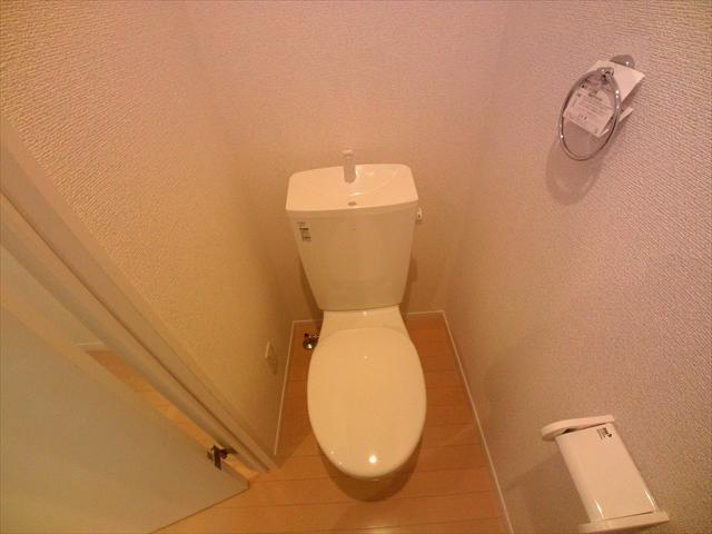 ル シエル 上尾 101号室のトイレ