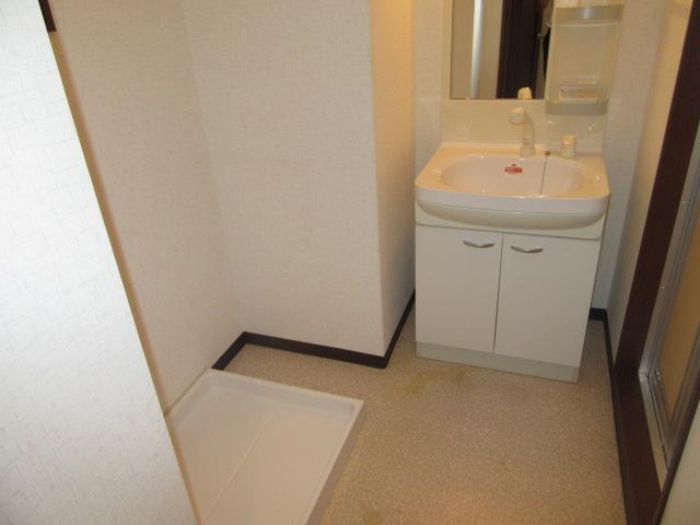 ラポージュ 103号室の洗面所