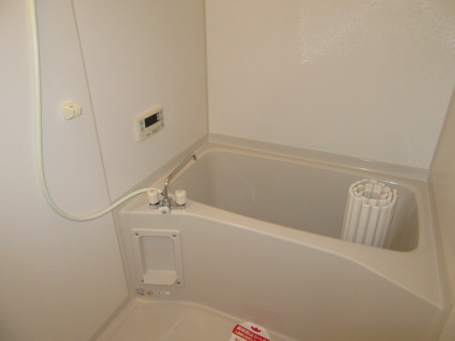ラポージュ 103号室の風呂