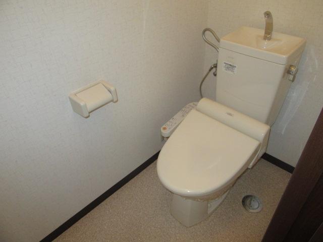 ラポージュ 103号室のトイレ