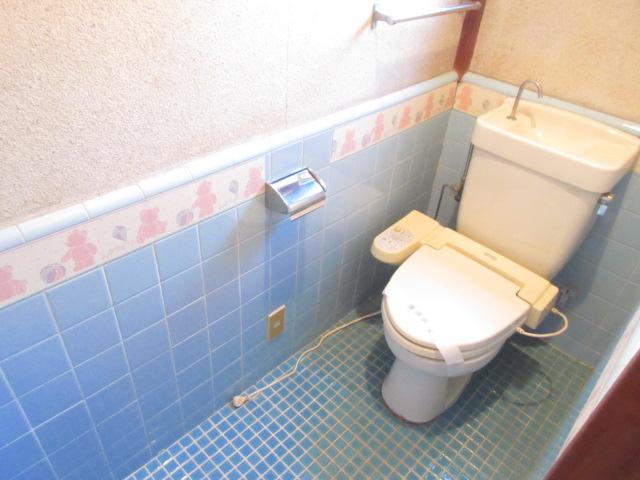 岡部貸家のトイレ