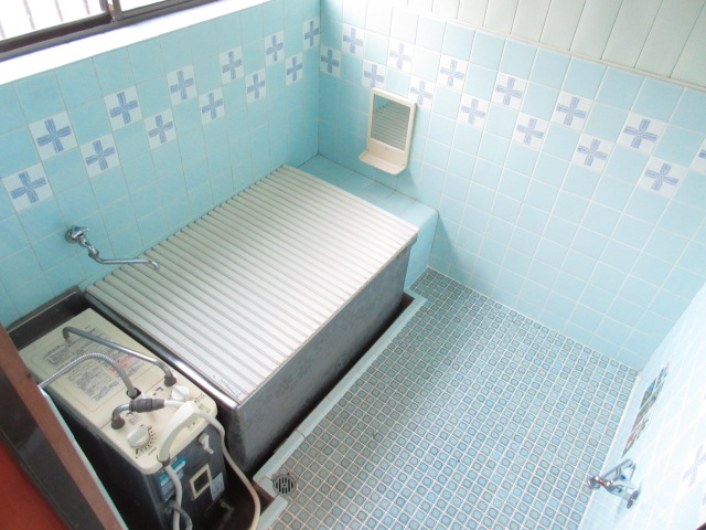 岡部貸家の風呂