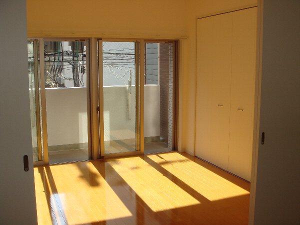 サヴォイ グランデヴィル 705号室の居室