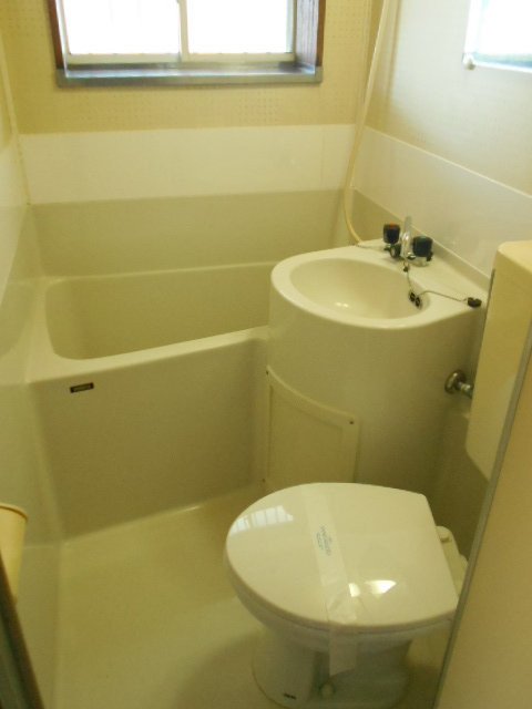 シャルム伊藤 205号室の風呂