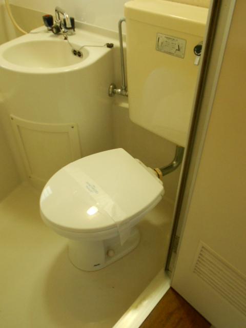 シャルム伊藤 205号室のトイレ