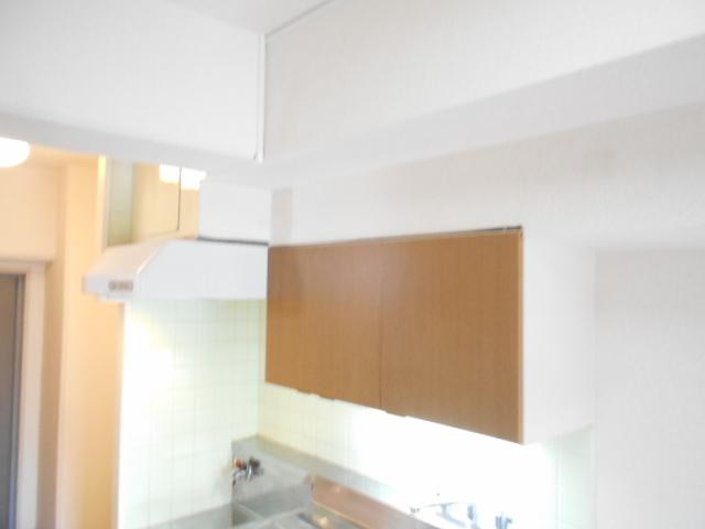 ドゥエル聖蹟 405号室のキッチン