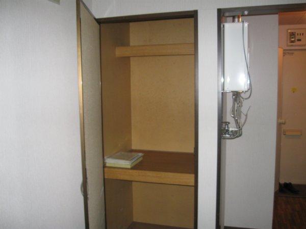 グリーンハイツ堀之内 203号室の収納