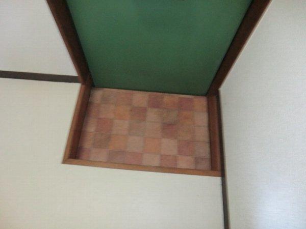 ブルーバーズレジデンス 301号室のエントランス