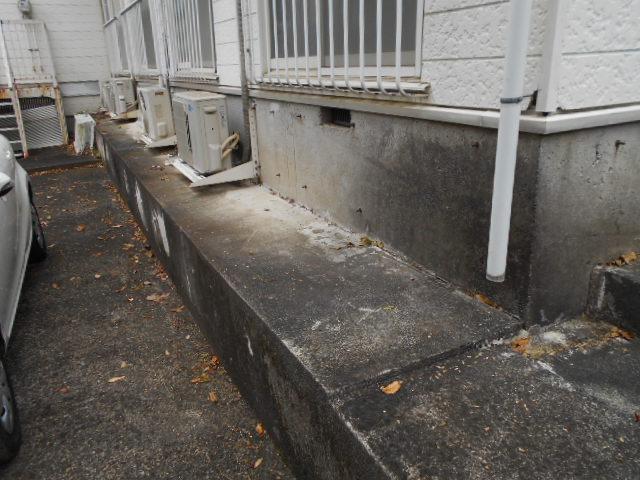 ホワイトウイング連光寺Ⅲ 104号室の駐車場