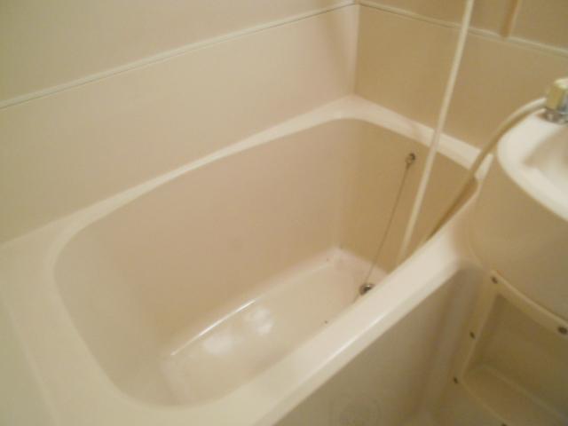 セフィール程久保 201号室の風呂