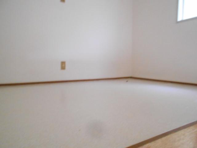 セフィール程久保 201号室の居室