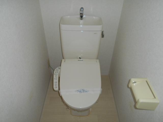 ジュネスハイム 105号室のトイレ