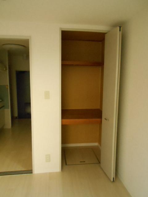ジュネスハイム 105号室の収納