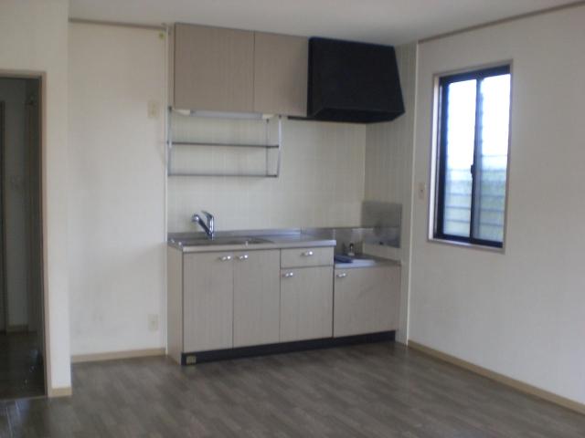 ガーデンハイツB 102号室のキッチン
