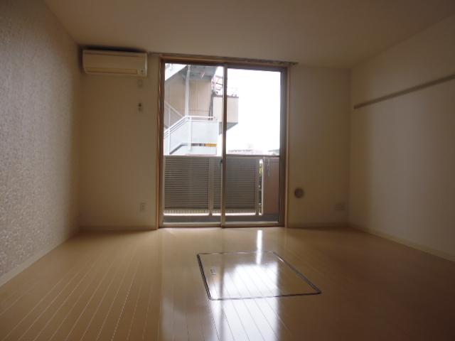 ルネス カーサ 307号室のその他