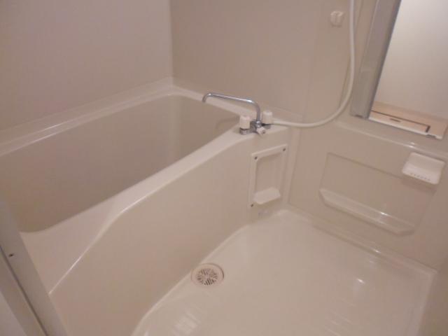 ルネス カーサ 104号室の風呂