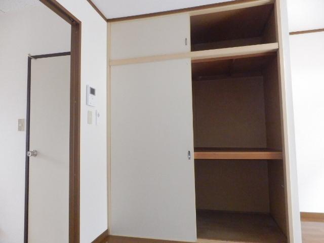 グランドハイツⅠ 105号室の収納