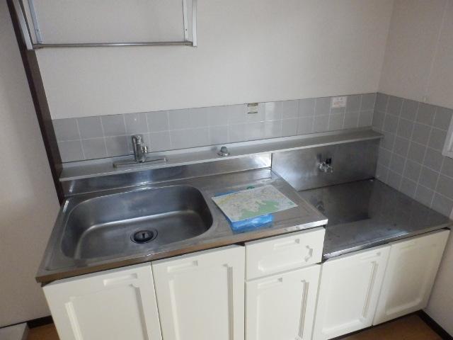 グランドハイツⅠ 105号室のキッチン