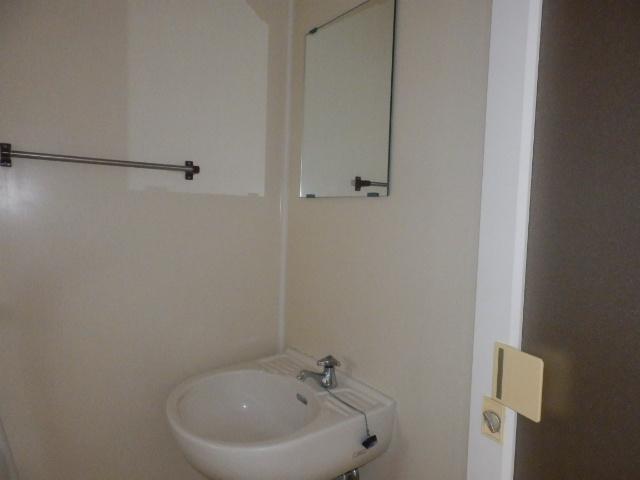 グランドハイツⅠ 105号室の洗面所