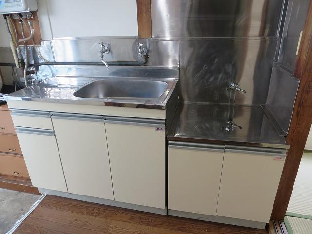 滝野川荘 201号室のキッチン