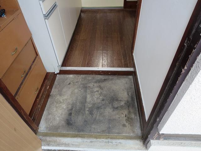 滝野川荘 201号室の玄関