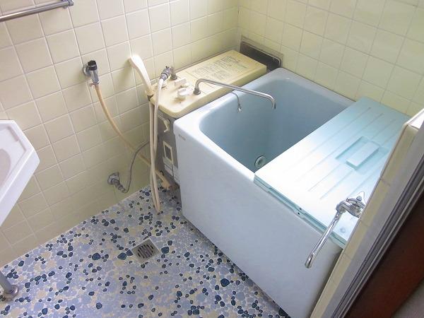 ハイツ洗足 101号室の風呂