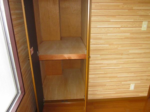 メゾン赤松 502号室の収納