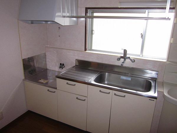 メゾン赤松 502号室のキッチン