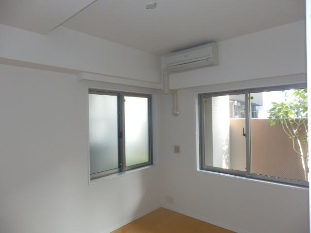 クリオ上野毛ラ・モード 105号室の設備