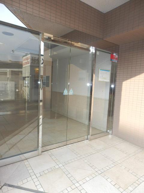 クリオ上野毛ラ・モード 105号室のエントランス