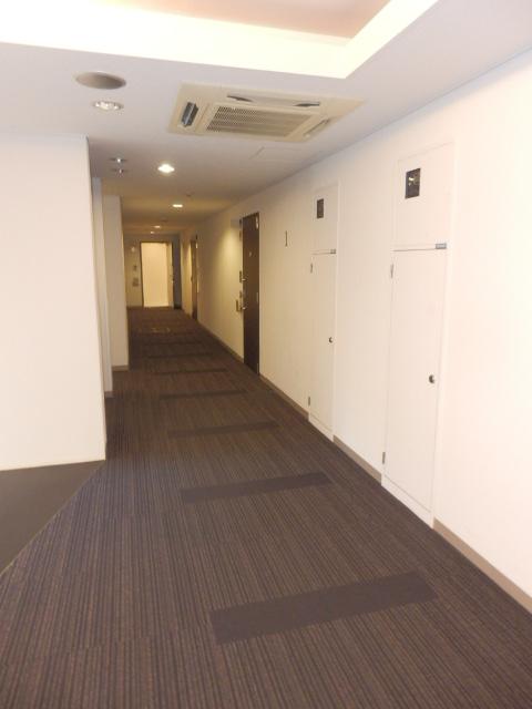 クリオ上野毛ラ・モード 105号室の駐車場