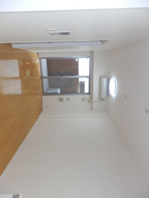 クリオ上野毛ラ・モード 105号室のリビング