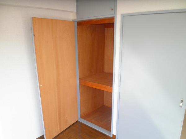 グランドヒル キクヤ 501号室の収納