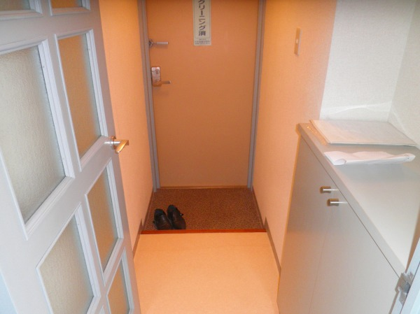 グランドヒル キクヤ 501号室の玄関