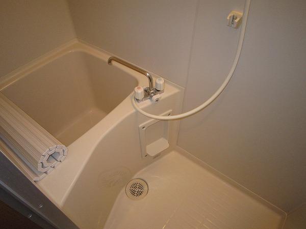 タウンハウス大岡山 205号室の風呂
