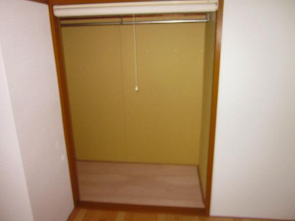 小野ハイツ 302号室の収納