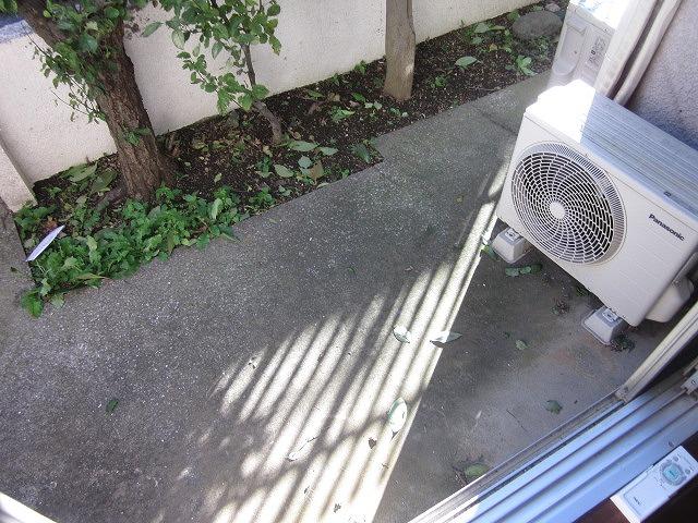 リマ洗足 102号室のバルコニー