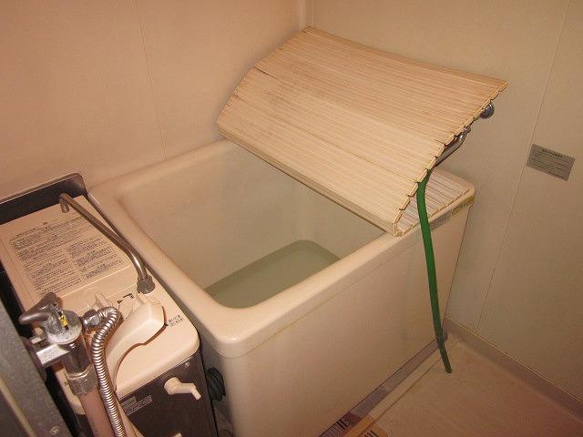 リマ洗足 102号室の風呂