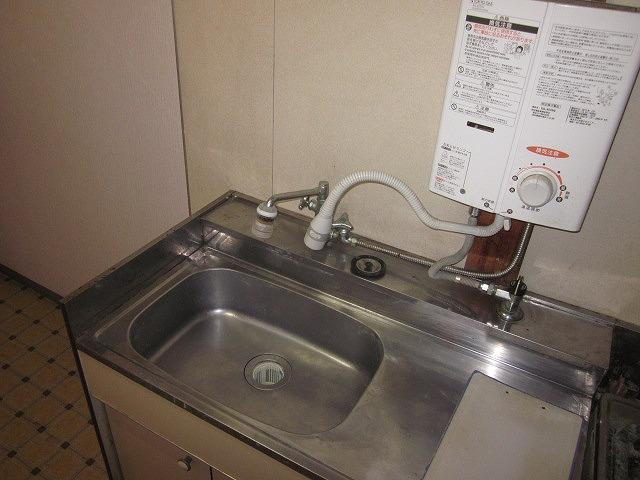 リマ洗足 102号室の洗面所