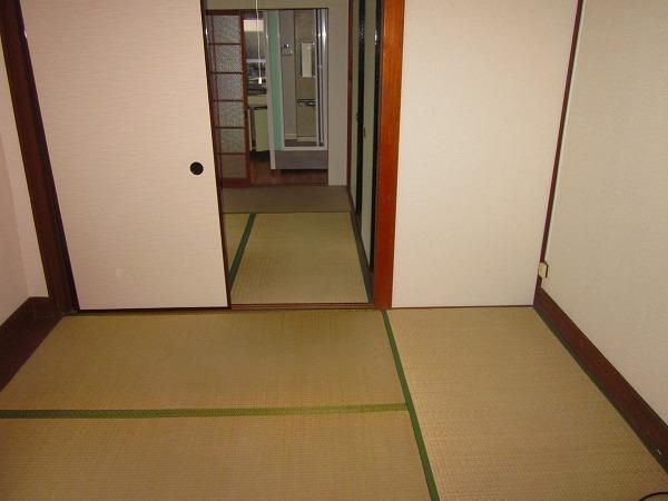 吉田コーポ 101号室のリビング