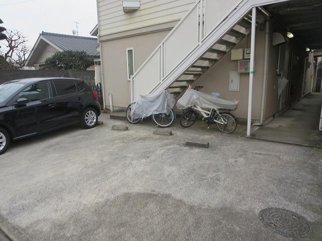 サニーヒルヒバリⅠ 202号室の駐車場