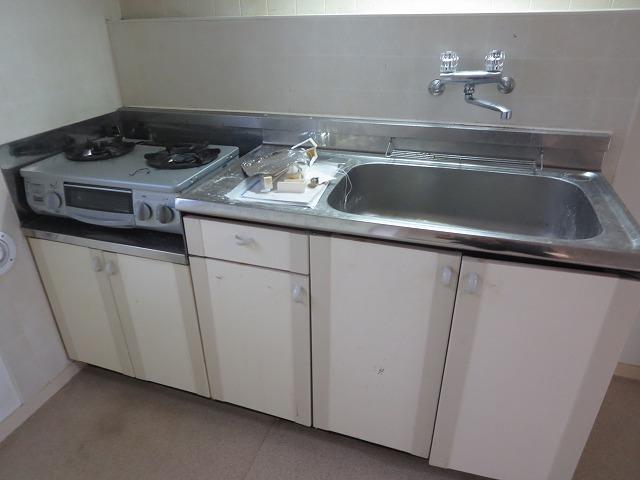 サニーヒルヒバリⅠ 202号室のキッチン