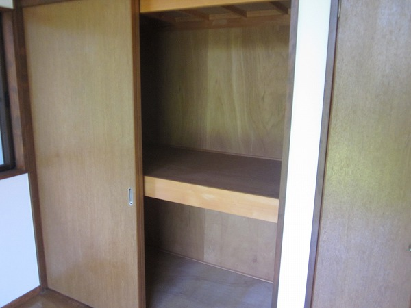 ハイムG 101号室の収納