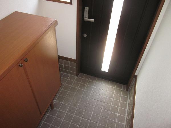 ハイムG 101号室の玄関