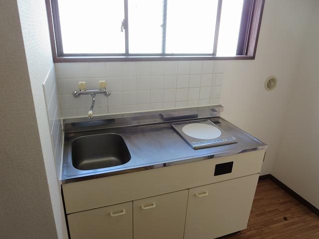 リベラルⅡ 305号室のキッチン