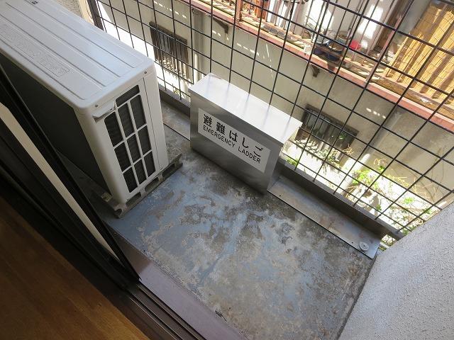 リベラルⅡ 305号室のバルコニー