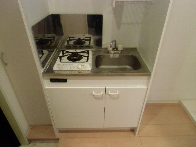 ルミエール 105号室のキッチン